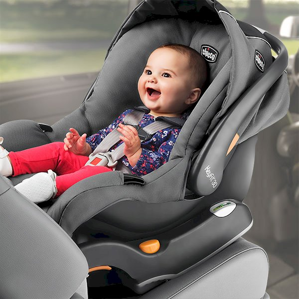 Britax B-Safe 35 Infant Car Seat for babies Review